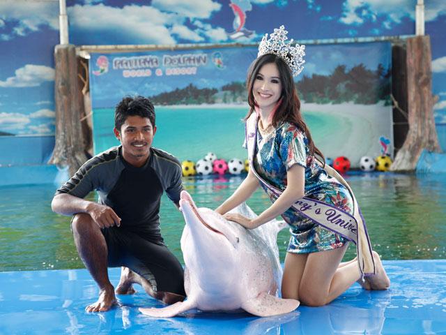 Pattaya_Dolphin2 (1)