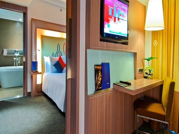 Suite נובוטל סילום בנגקוק